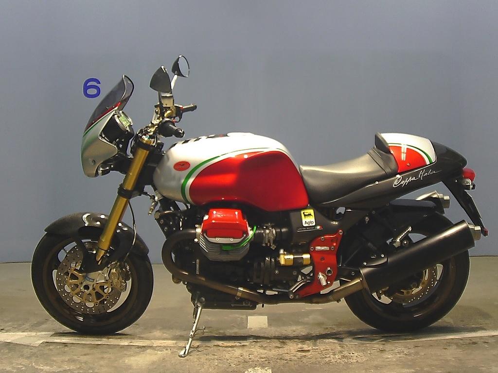2004 Moto Guzzi V11 Coppa Italia Photos, Informations